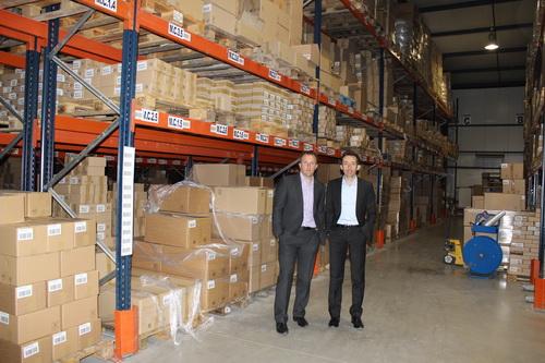 Les diffrents articles sont stockés dans plus de 2000 m2 d'entrepôts à St Auban sur l'Ouvèze.