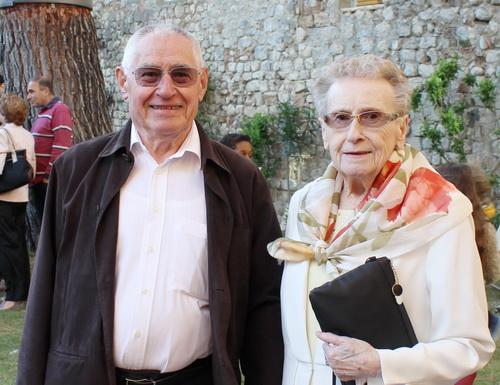 Pierre André et son épouse. Pierre est le fils des anciens propriétaires de l'Hôtel du Lion d'Or. Il avait 13 ans à l'époque et se souvient de la rafle dont il est l'un des derniers témoins.